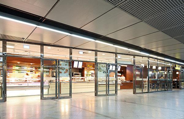 Brandschutztüren, Brandschutzverglasungen, Brandschutzelemente, Türen, Verglasungen, EI30, EI60, fuego light, U-Bahn, Station,