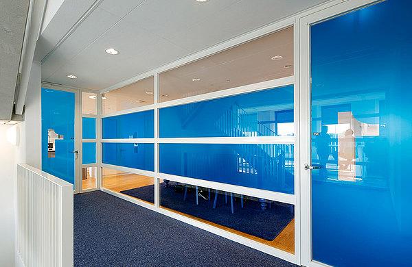 Brandschutztüren und Verglasungen EW60 aus Stahl. Das verwendete Profilsystem ist forster presto. Cap Gemini Utrecht, Niederlande