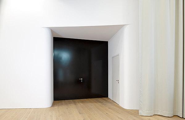 Brandschutzabschlüsse EI30 und EI60 als verblechte Türen. System: forster fuego light Industrie und Gewerbebau Schützenwiese, Schweiz