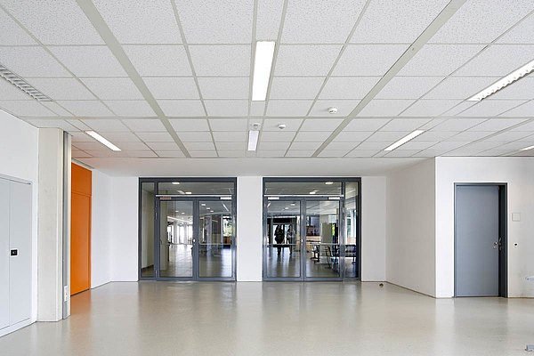 fire and smoke protection doors in steel made of forster presto steel profiles.