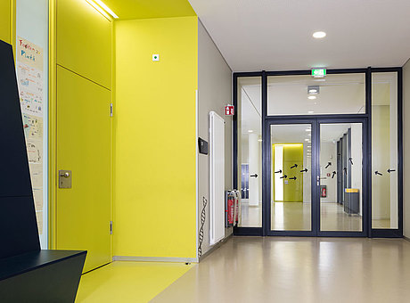 Smoke and fire protection doors and screens, forster presto