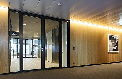 Brandschutztür in Stahl und Glas EI30