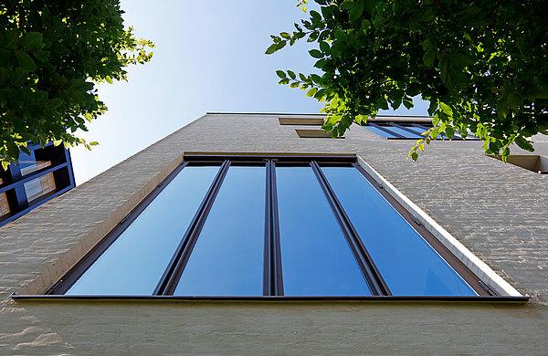 Wärmegedämmte Faltwände aus Stahl, forster unico Kanaalhuizen Belgien