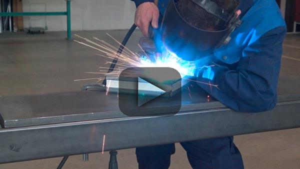 Video utili per l'elaborazione dei sistemi di profili Forster in acciaio e acciaio inox.