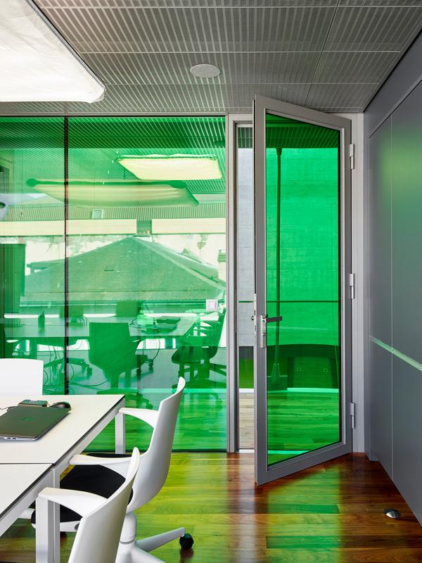 raiffeisen bank saxon switzerland forster profilsysteme. Black Bedroom Furniture Sets. Home Design Ideas