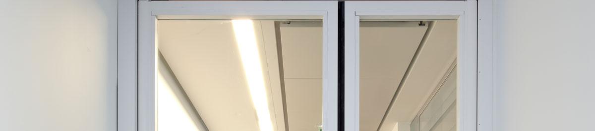 double action door, anti-finger-trap door