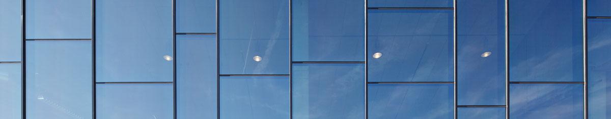 Vorhangfassaden wärmegedämmt