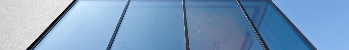 Fassade mit Aufsatzprofilen